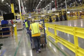 西雅图地区仓库的亚马逊员工的COVID-19测试呈阳性